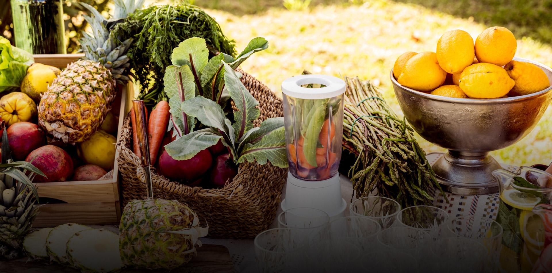 Puesto de frutas by Ovejas Negras Catering